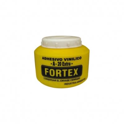 ADHESIVO VINILICO 1/2 KG. -- FORTEX